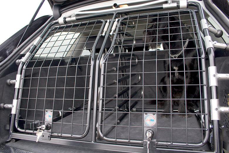 Toyota Hilux 10-11 Fronbåge/Ljusbåge Modell Stor 76mm med färdiga extraljusfästen - till din bil !